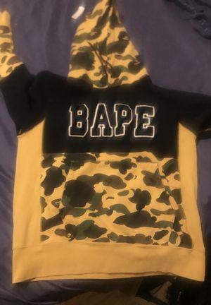 Bape hoodie medium for Sale in Bakersfield, CA