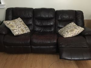 Leather sofa and couch for Sale in Hermosa Beach, CA