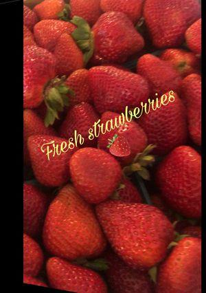 Fresh strawberries for Sale in Fontana, CA