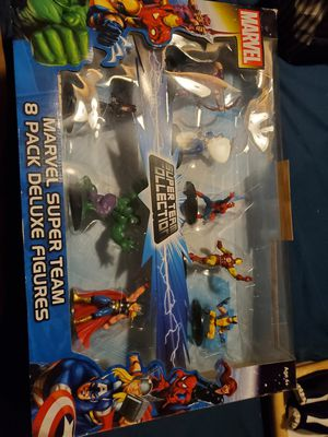 Marvel super team 8 pack deluxe figure set for Sale in Lynnwood, WA