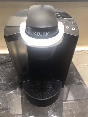 Keurig K-Classic Coffee Maker, Single Serve K-Cup Pod Coffee Brewer, 6 to 10 oz. Brew Sizes, Black for Sale in Tacoma, WA