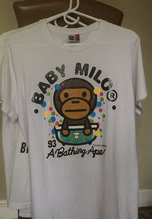 Baby milo bape T-shirt size large for Sale in Washington, DC
