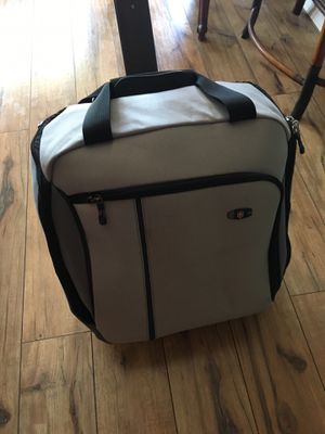 Victorinox Swiss Army Rolling wheeled travel bag for Sale in Everett, WA