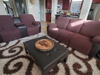 NEGOTIABLE. Power Recliner Sofa Set. 3 Seater and 2 Seater. for Sale in Pearland,  TX