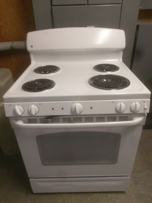 FREE 2013 GE electric stove for Sale in Lakeview, OH