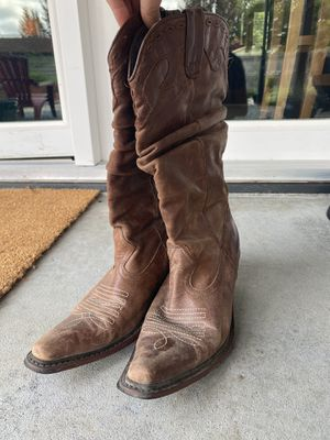 Steve Madden Cowboy Boots for Sale in North Marysville, WA