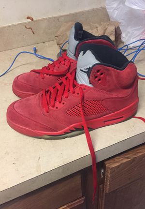 Red Jordan Retro 5 Size 10 1/2 for Sale in Detroit, MI