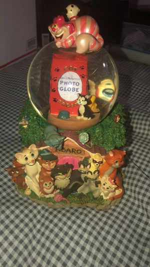 Disney dogs and cats snow globe for Sale in Westland, MI