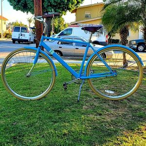SOLE City Cruiser Bike 3 Speed GREAT CONDITIONS! for Sale in Whittier, CA