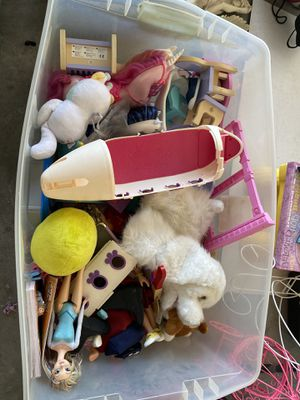 Box of Toys for Sale in El Paso, TX