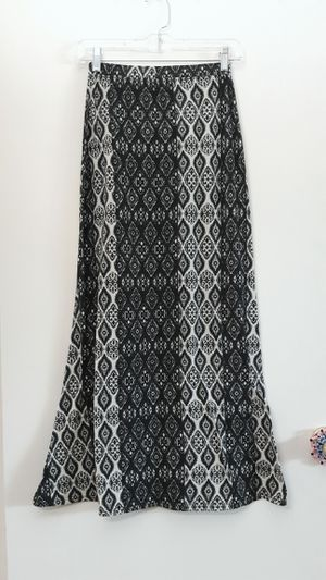Black and White Maxi Skirt for Sale in Portland, OR