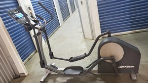 LifeFitness X1 elliptical, delivery available for Sale in Philadelphia, PA