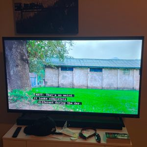 50 Inch TCL Roku Smart TV for Sale in Denver, CO