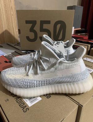 """Adidas Yeezy 350 V2 """"cloud white"""" for Sale in Murfreesboro, TN"""
