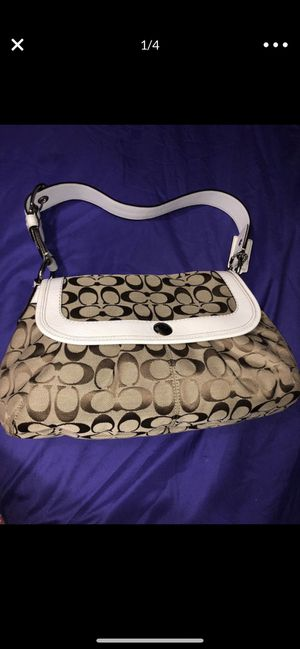 Hand bag for Sale in Brick Township, NJ
