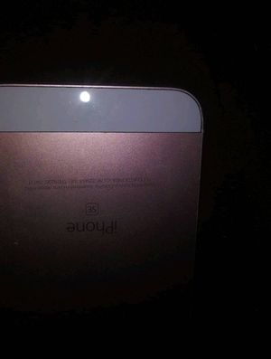 iPhone SE for Sale in Wichita, KS