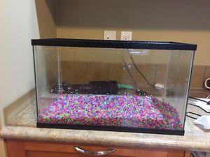 10 gallon fish tank for Sale in Hurricane, WV