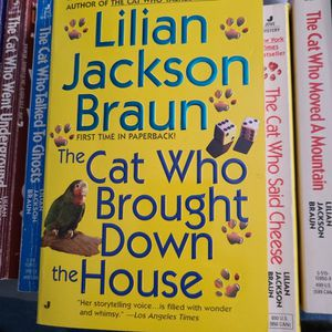 The Cat Who Brought Down The House By Lillian Jackson Braun, Paperback for Sale in Auburn, WA
