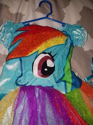 Rainbow dash costume size 4-6x for Sale in Arlington Heights, IL