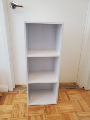 White 3 shelf small bookshelf (2) for Sale in New York, NY