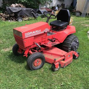 Lawn tractor gravely 16hp for Sale in Fort Lauderdale, FL