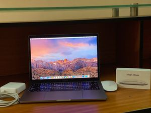 MacBook Pro 2017 128gb for Sale in Culver City, CA