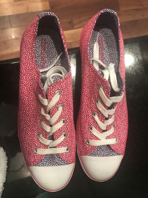 Converse brand new size 9 for Sale in Gig Harbor, WA