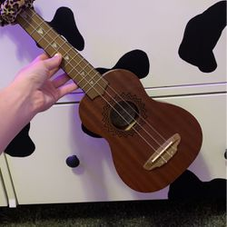 Luna Ukelele Soprano for Sale in San Dimas,  CA