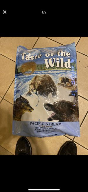 Taste of the wild dog food 28 pounds bags for Sale in Glendale, AZ