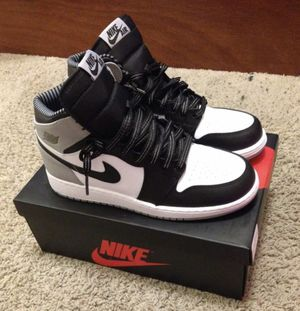 I have the Jordan 1's trying to quickly get them off of hands I have worn them once! for Sale in Houston, TX