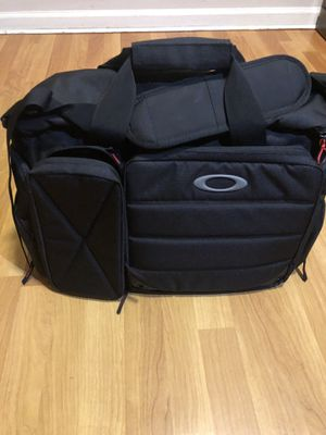 New Oakley breach range bag for Sale in San Francisco, CA