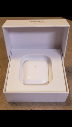 Wireless charging Airpods (first gen) for Sale in Miami Gardens, FL