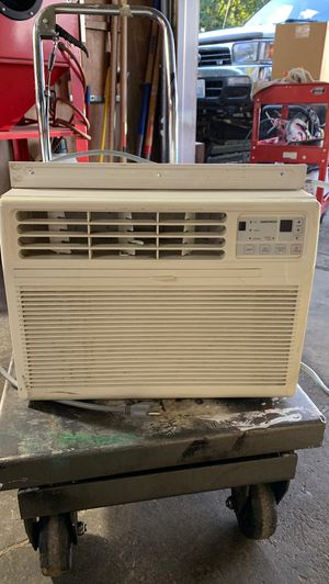 Daewooo 5,300 BTU AC WINDOW UNIT for Sale in Tacoma, WA