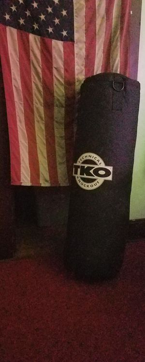 TKO Heavy Canvas 75 lbs. Punching Bag for Sale in Santa Ana, CA