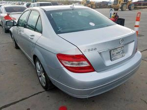 2008 MERCEDES W204 C300 FOR PARTS PARTING OUT C250 C350 C-CLASS for Sale in Dallas, TX