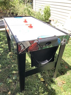 Mini air hockey table for Sale in Chicago, IL