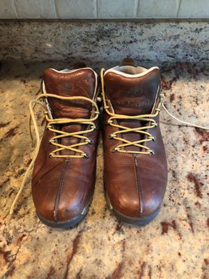 EUC TIMBERLAND BOOTS MENS 8.5 for Sale in Milton, MA