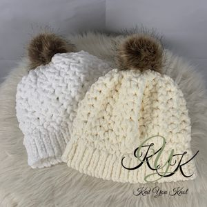 Chunky Knit Winter Beanies for Sale in Snohomish, WA