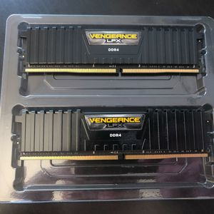 Corsair Vengeance LPX 16GB (2x8GB) DDR4 DRAM 3200MHz C16 Desktop Memory Kit - Black for Sale in Orange, CA