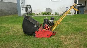 McLane lawn mower for Sale in Torrance, CA