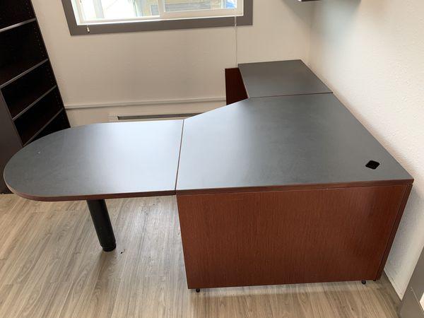 Professional Office Desk For Sale In Seattle Wa Offerup