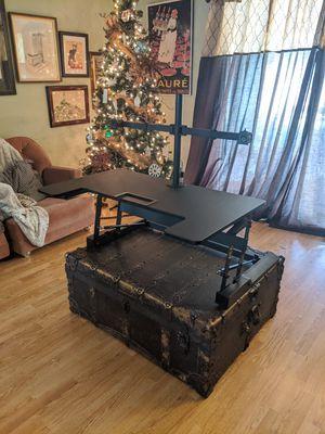 MI Single/Dual Screen, Sit/stand Desk Mount for Sale in Bakersfield, CA