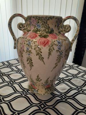 """English Garden vase 16"""" for Sale in Pomona, CA"""
