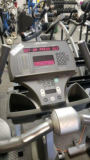 Life fitness 95ci upright exercise bike! Commercial grade for Sale in Glendale, AZ