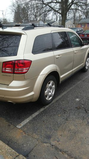 Clean title 2010 dodge journey for Sale in Lanham, MD