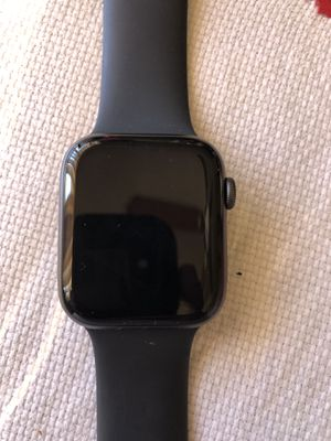 Apple watch series 4 44 mm Gps for Sale in Torrance, CA