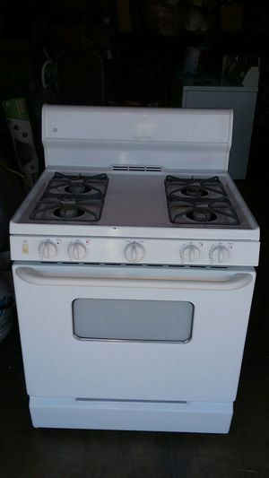 GE stove for Sale in Los Angeles, CA