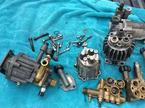 6 Used horizontal shaft pressure washer pumps and parts as is for Sale in Converse, TX