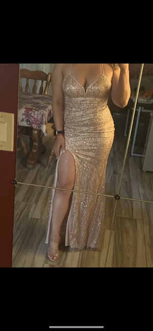 Rose gold dress for Sale in Moreno Valley, CA