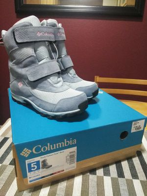 Kid's Columbia Snow Boots for Sale in Lakeside, CA